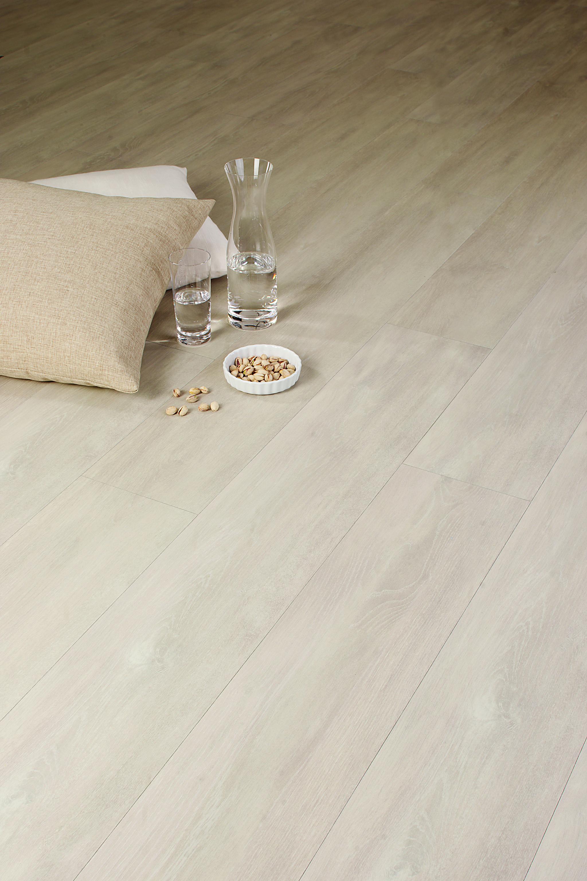 Ziro Ceralan plus Mineral-Designboden Kastanie Dallas Fußboden ...